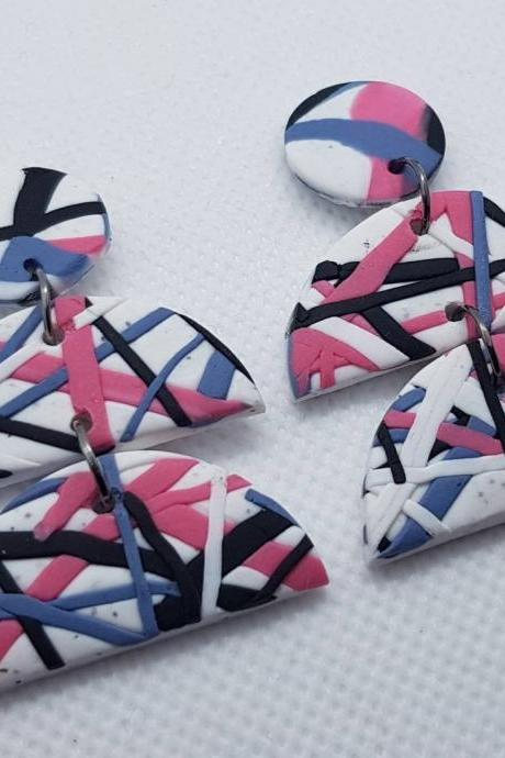 Statement modern round funky polymerclay stripes geometric earrings polymer clay pink white orecchini geometrico moderno tondi 80s righe