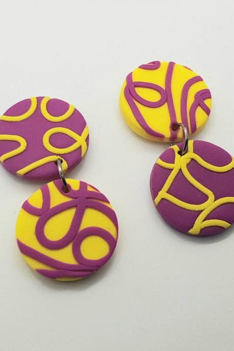 Statement modern round funky polymerclay geometric earrings polymer clay yellow orecchini geometrico moderno giallo tondi 80s