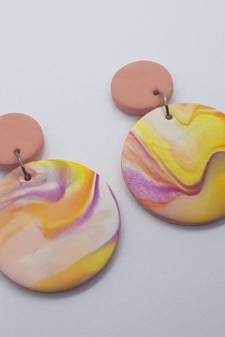 Marble effect waves pattern statement polymerclay earrings colorful yellow polymer clay orecchini anni vintage rotondo marmo effetto onda