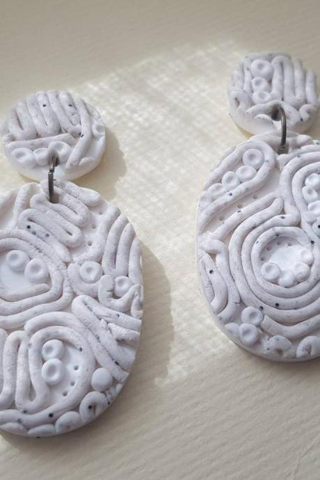 Oval beige white embroidery polymerclay statement earrings polymer clay orecchini granite ricamo