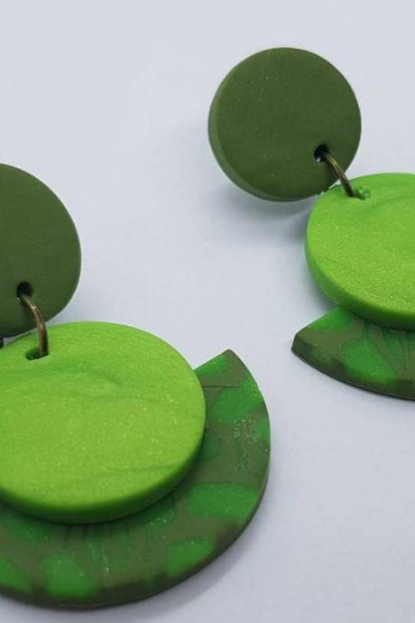Green kaki polymerclay statement earrings polymer clay orecchini round dangle